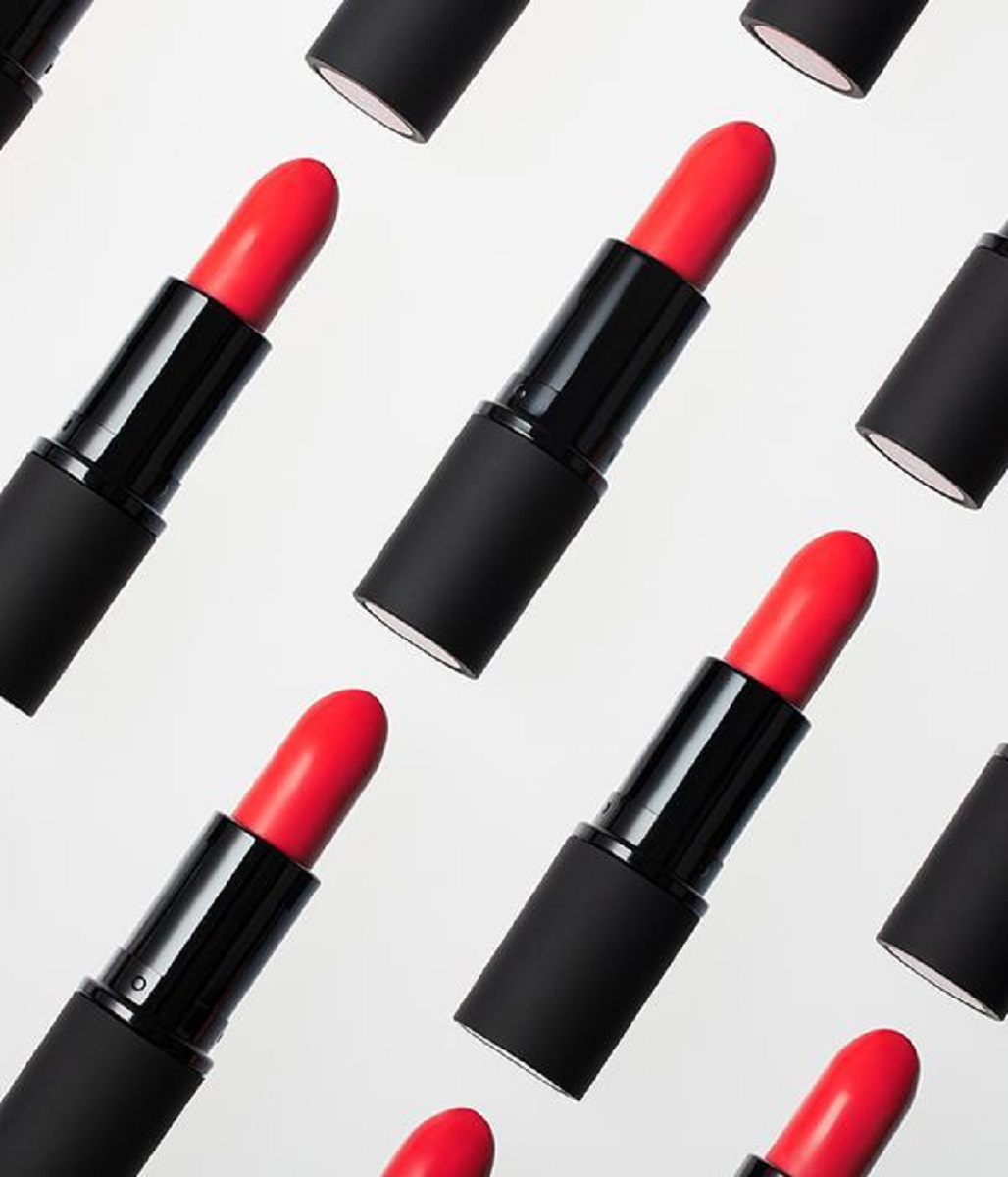 Antipodes Lipstick Forest Berry Red 4g_media-05